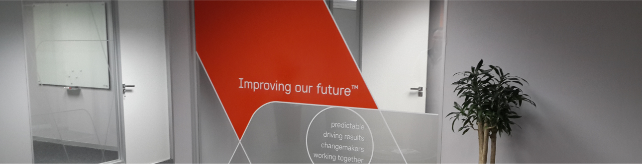 window signage, welcome to rocketsigns,